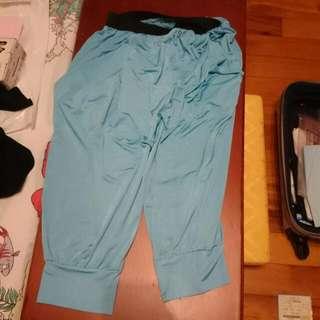 二手/水藍色 冰淇淋絲質涼感褲