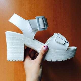 厚底涼鞋(白)