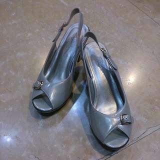 [ 專櫃品 ] 全新La new高跟鞋