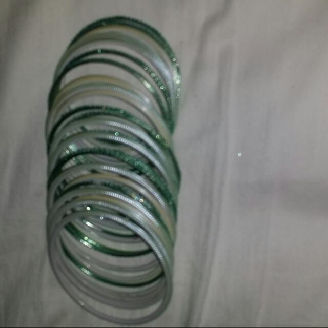 26 Green Bangles Bracelate