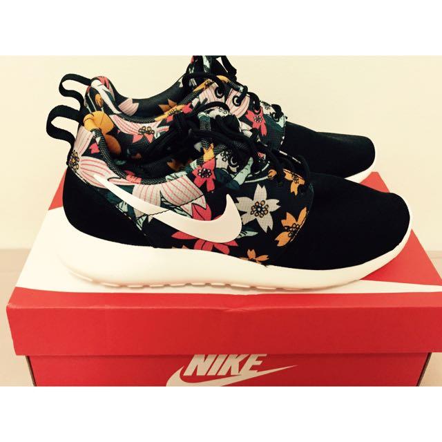 Nike roshe print 花卉 / 2700含運!