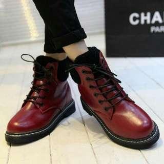 內增高酒紅色馬丁靴(非新品)