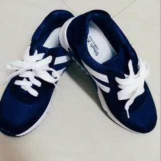 韓版❤全新寶藍慢跑鞋✨