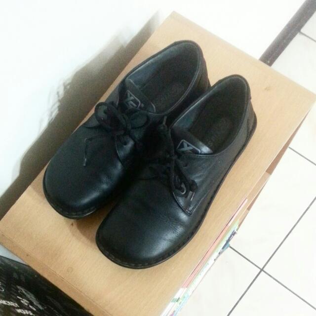 羊皮軟皮鞋