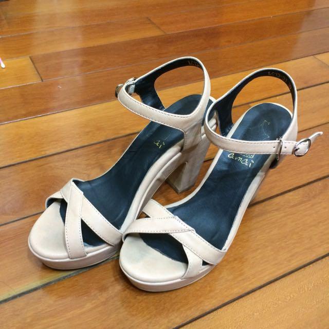amai膚色粗跟高跟鞋