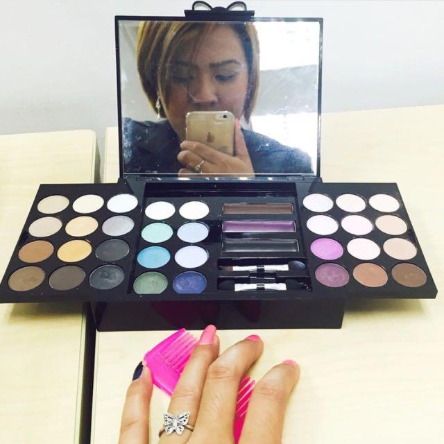 Victorias Secret Eye Makeup Set Health Beauty On Carousell