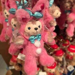 (保留中)香港迪土尼樂園2015復活節限定雪莉玫Shellmay兔子裝/鑰匙圈(含運)
