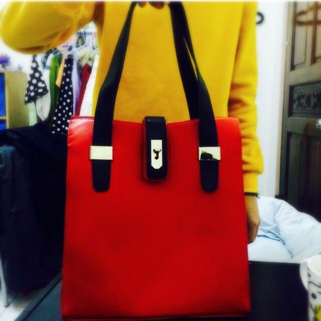 韓紅色金屬釦包包 全新