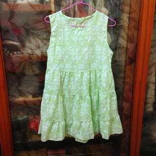 (全新)小碎花綠洋裝