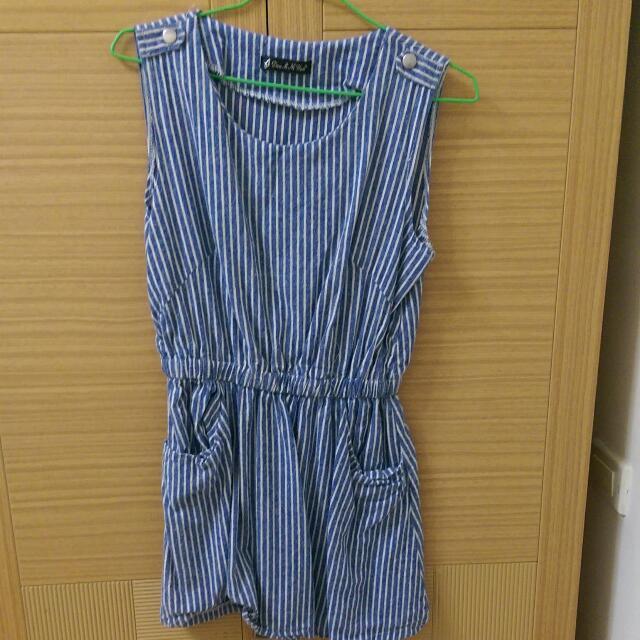藍色線條可愛洋裝 休閒風