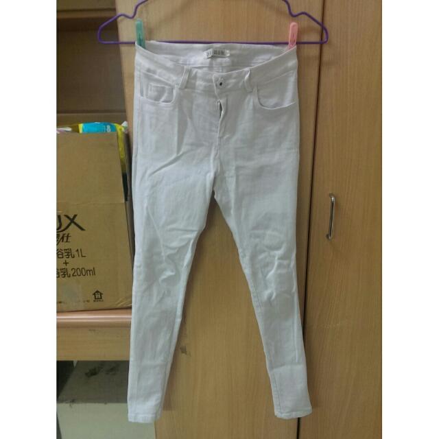 【衣服】白褲 S號