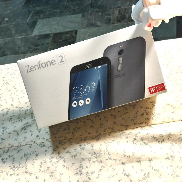 ZenFone2 5.5吋 9.9成新