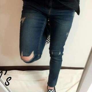 全新 膝蓋挖破造型窄管褲