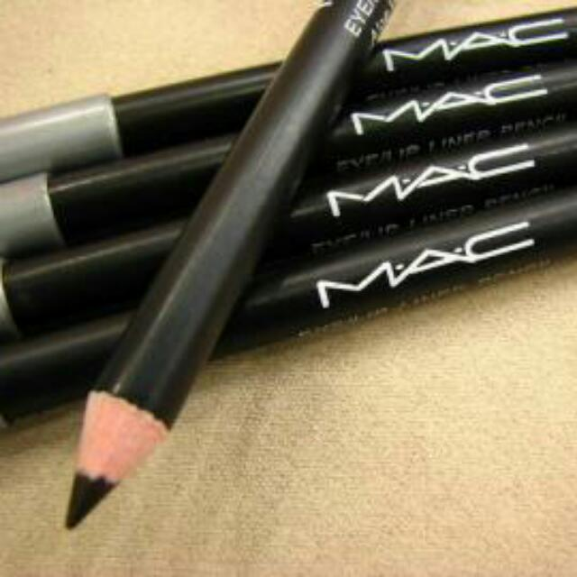 M.a.c眼線筆黑色