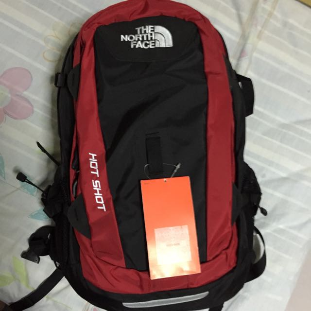 Have The north face hot shot accept
