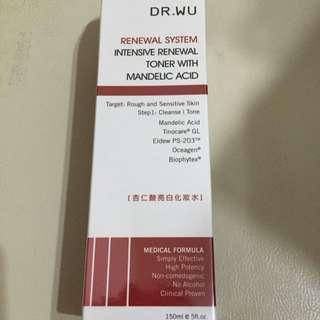 Dr.Wu杏仁酸亮白化妝水