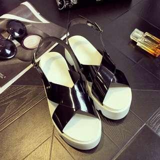 [全新工廠直營] 厚底涼鞋
