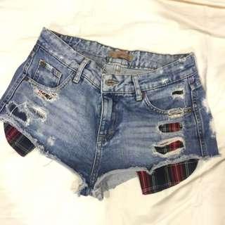 Pull And Bear Distressed Pocket Shorts
