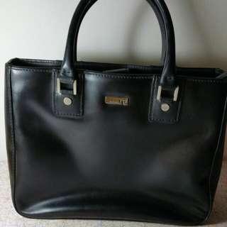 TOSCANO Hand Bag