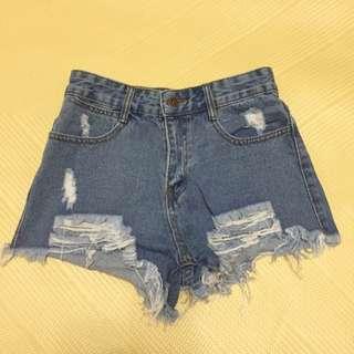 下襬抽鬚牛仔短褲-藍