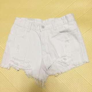 下襬抽鬚牛仔短褲-白