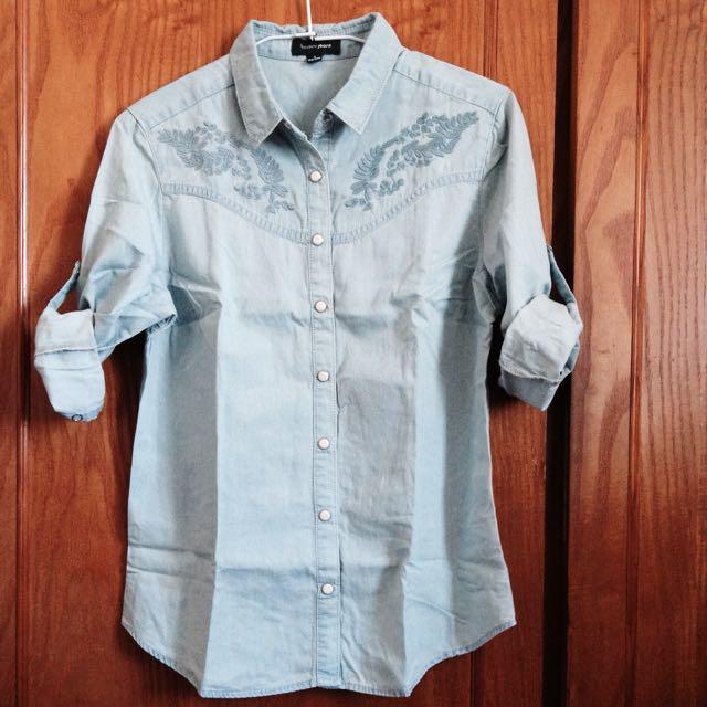 刺繡8分袖牛仔襯衫