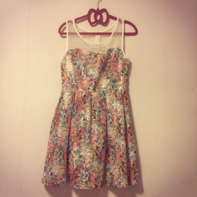 👗韓版網紗拼接設計洋裝