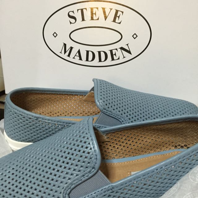 214278c3d8a  STEVE MADDEN  VIRGGO perforated point-toe slip-on sneakers. Spring 2015
