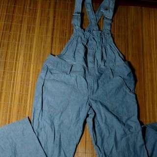 🍎50%女孩吊帶長褲(薄牛仔,不會硬邦邦的)🍎