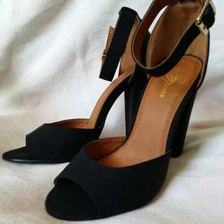Piper Heel Black