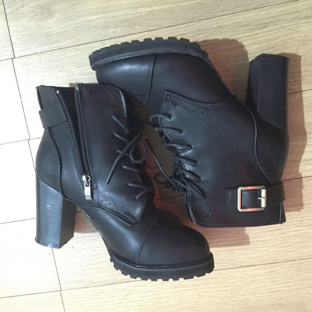 綁帶靴款跟鞋