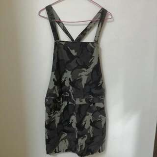 Lativ迷彩吊帶裙