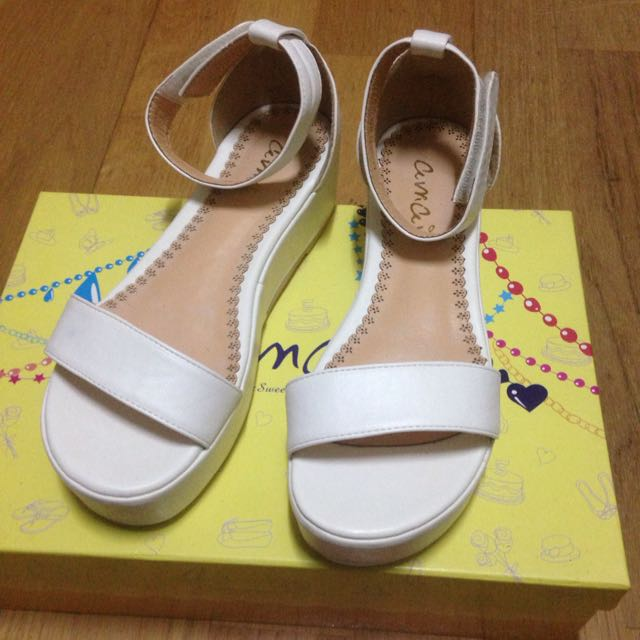 amai 厚底涼鞋(白色)