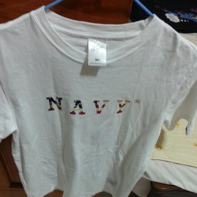 全新 navy tshirt