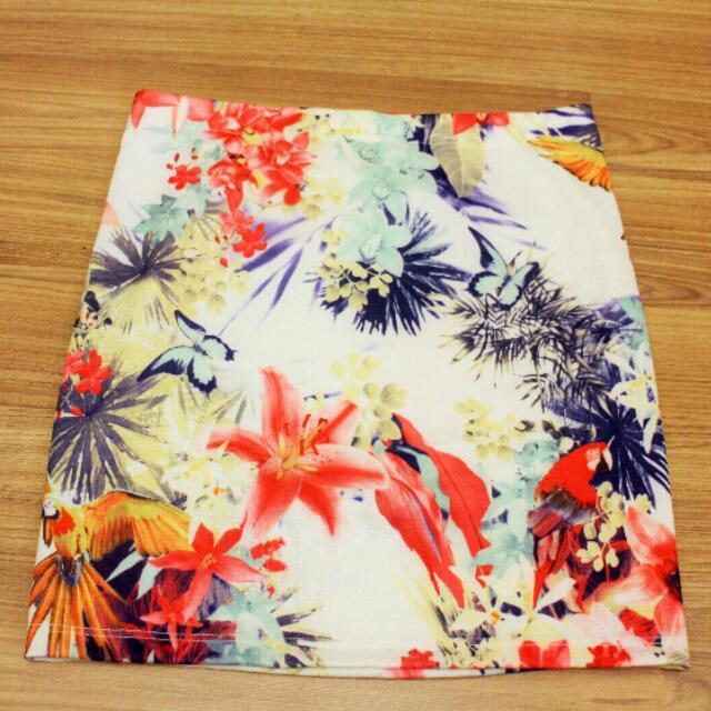 全新 Zara 熱帶印花直筒包臀裙 S號