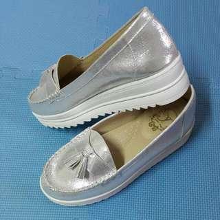 [全新]銀色厚底鞋24號
