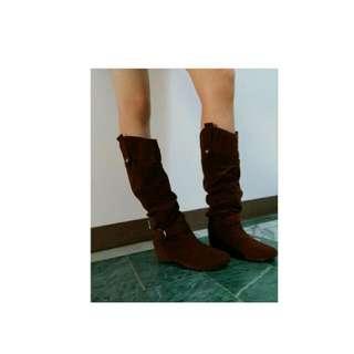 深咖啡色長靴