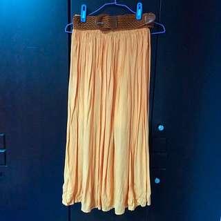 亮橘色長裙