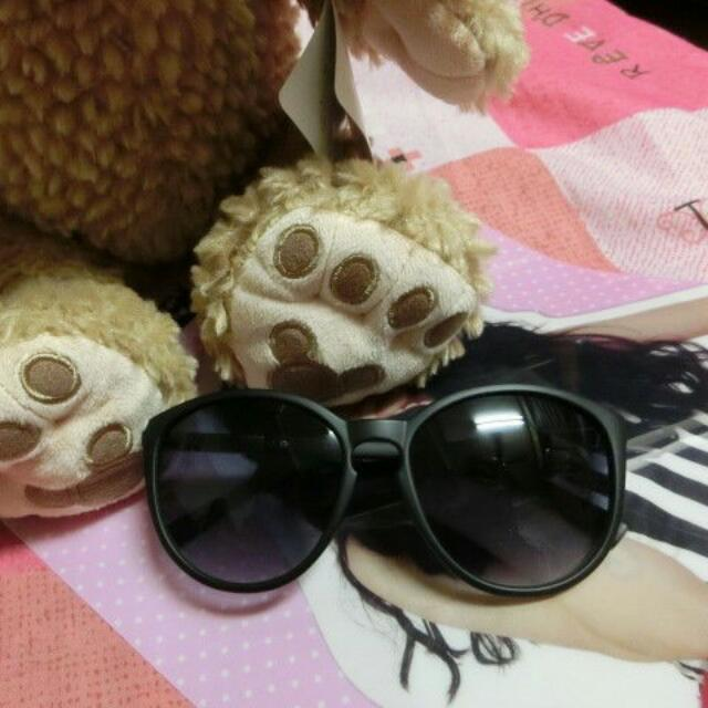 全新 妍安款 太陽眼鏡 附拭鏡布、眼鏡盒
