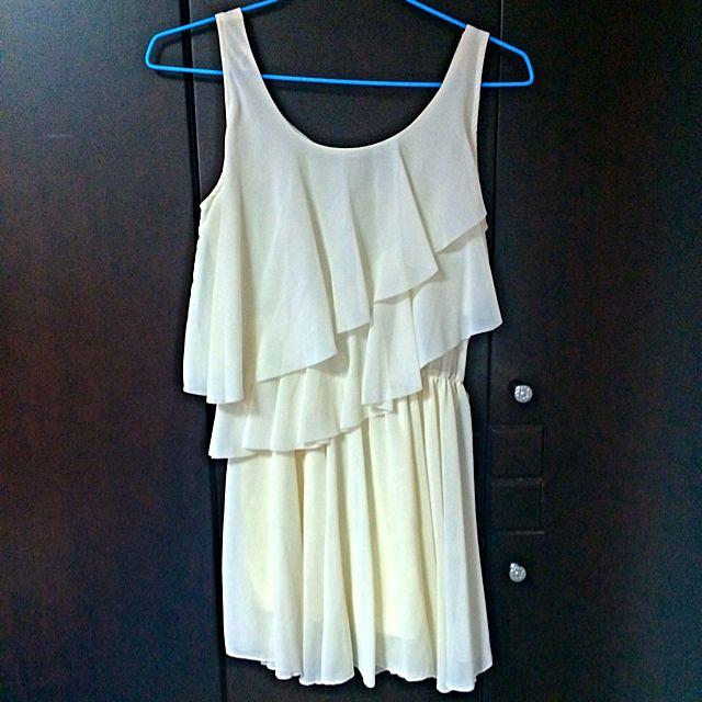 白色雪紡小洋裝