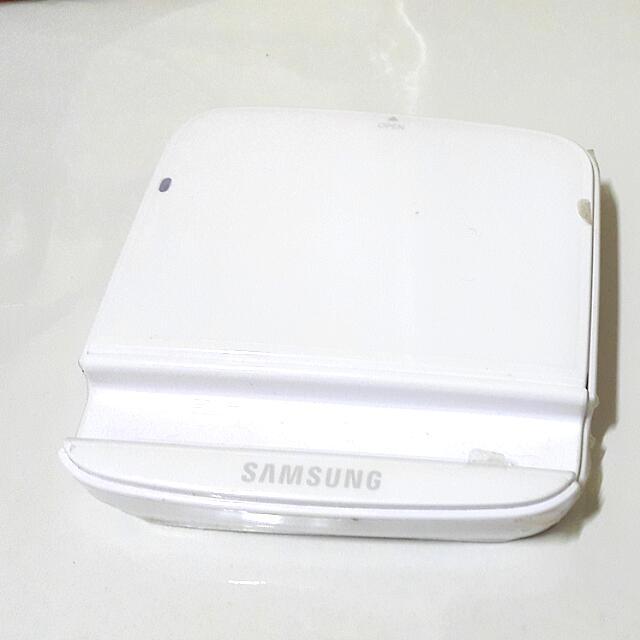 三星電池+白色充電池盒