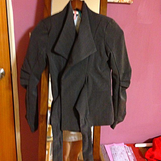 女士優雅西裝外套