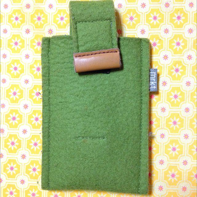 可滑出式綠色不織布手機套