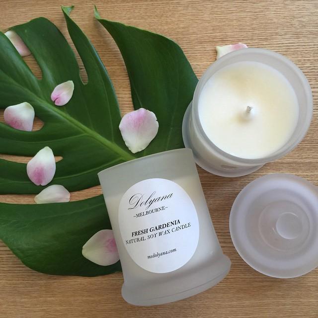 Dolyana Soy Candle - Fresh Gardenia