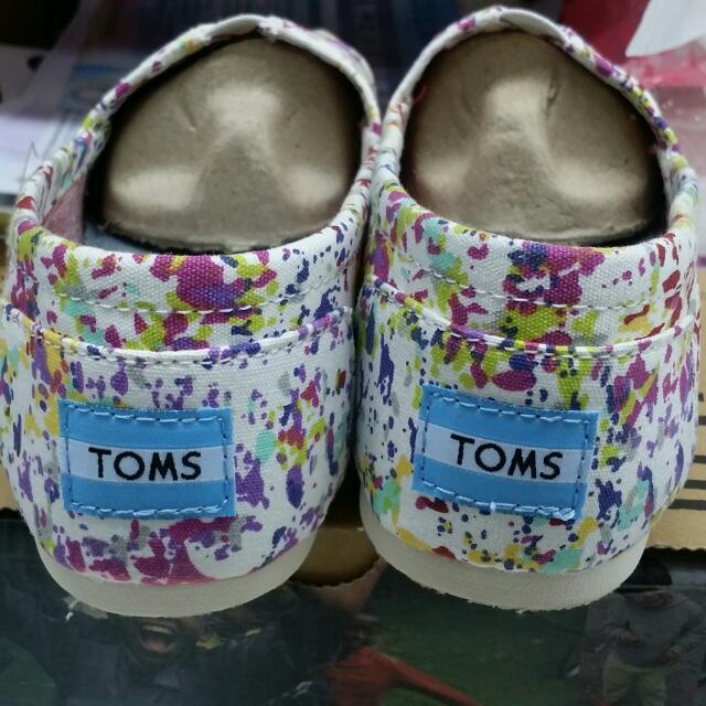 Toms 正品保證 新上架 優惠中噴漆版小碎花