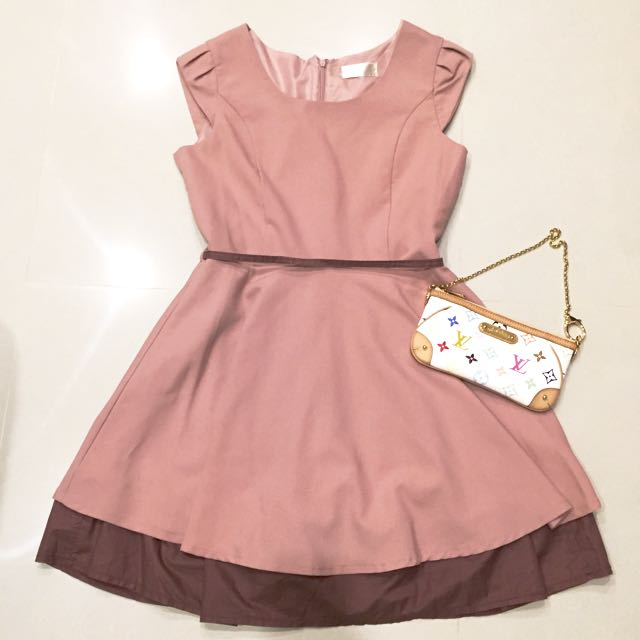 YOCO粉紅色氣質洋裝