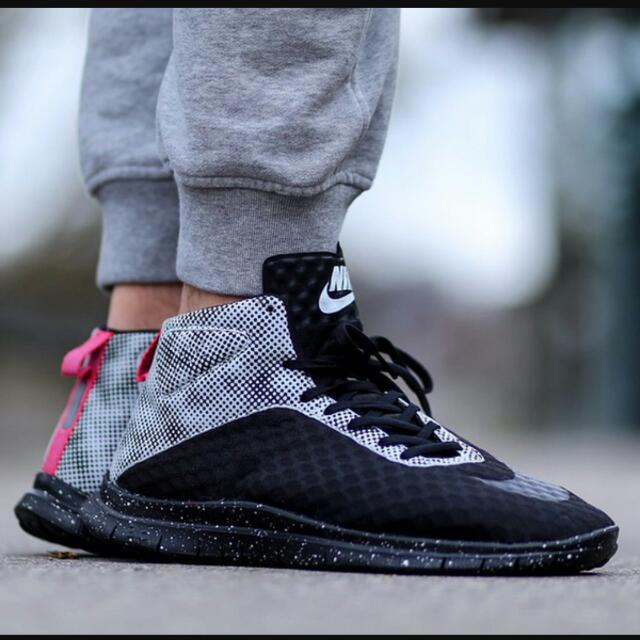 quality design c0a06 9244e HOT SALE(repriced) Bnib Nike Free Hypervenom Mid Qs