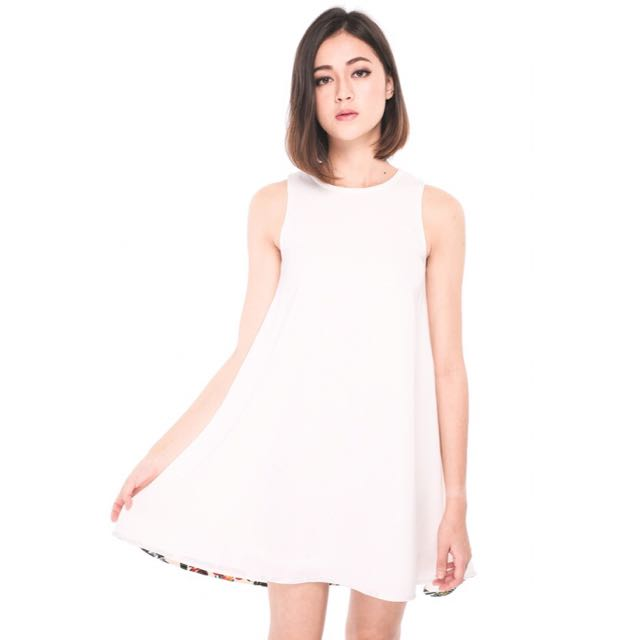 BNWT Runway Bandits Bellamy Dress in White XS