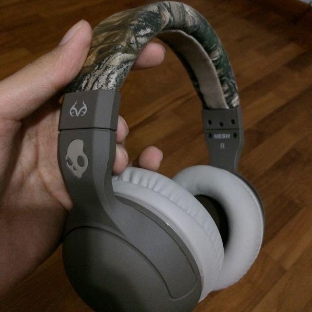 8e258801669 Skullcandy Hesh 2 Realtree Edition Headphones, Electronics on Carousell