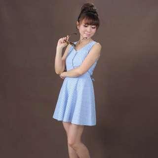 全新藍白條紋連身小洋裝